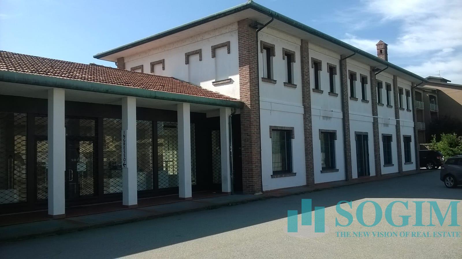Negozio / Locale in affitto a Buscate, 9999 locali, prezzo € 2.750 | PortaleAgenzieImmobiliari.it