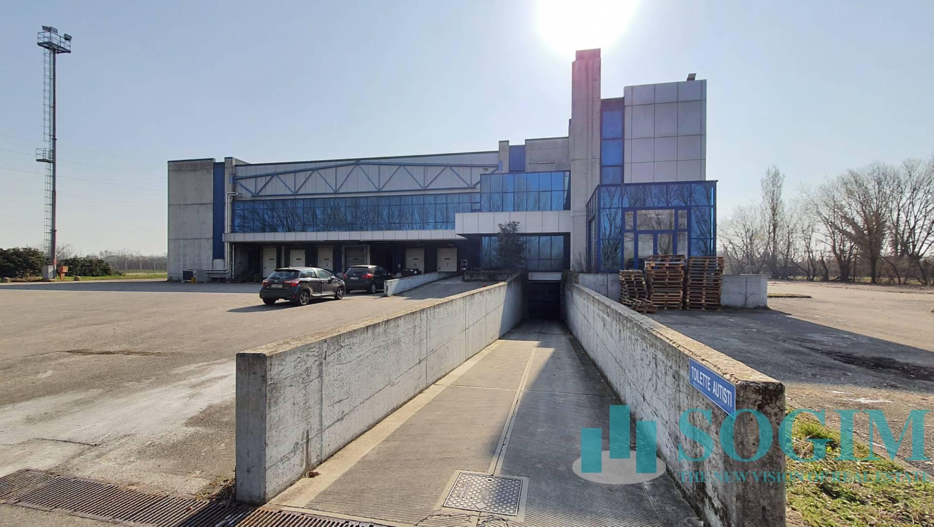 Terreno Edificabile Comm.le/Ind.le in vendita a Cornaredo, 9999 locali, prezzo € 13.000.000   PortaleAgenzieImmobiliari.it