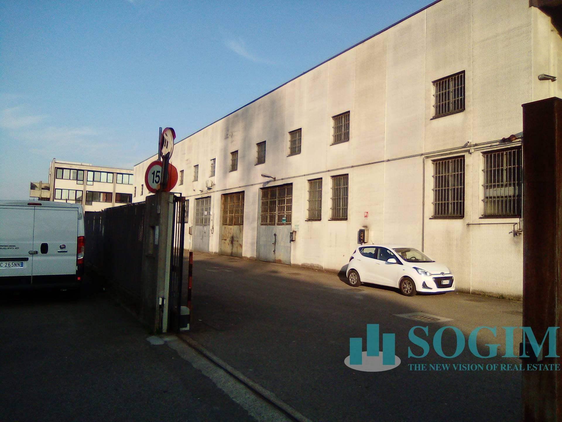 Capannone in vendita a Trezzano sul Naviglio, 9999 locali, prezzo € 250.000 | PortaleAgenzieImmobiliari.it