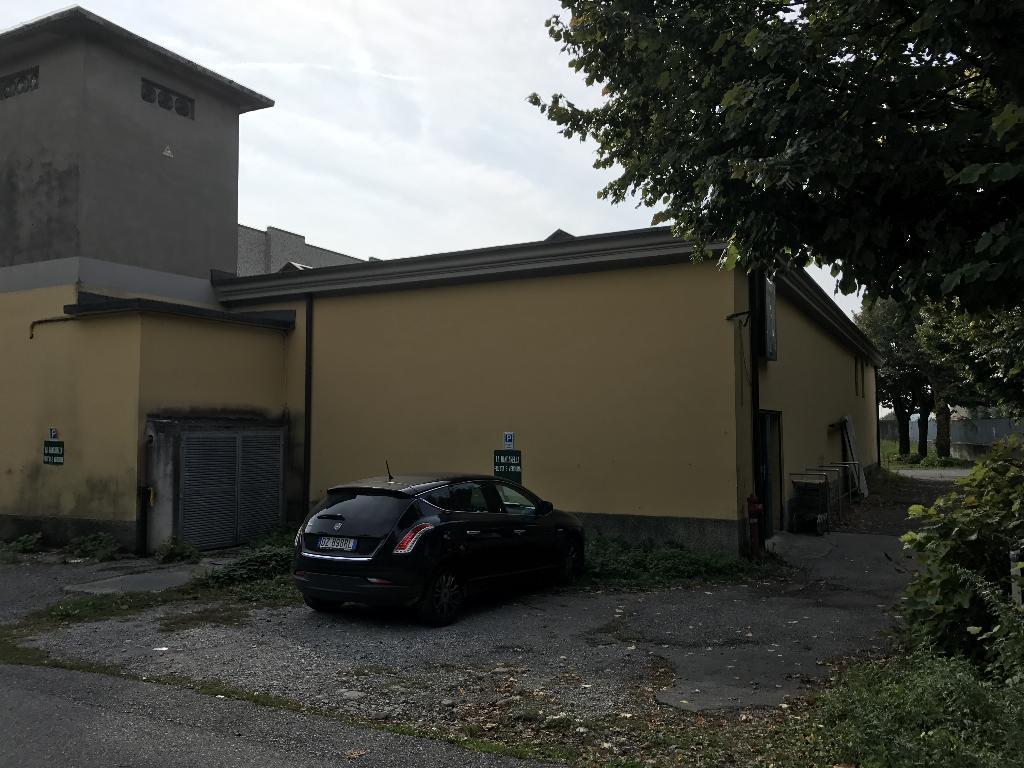 Immobile Commerciale in Vendita a Erba  rif. 6362