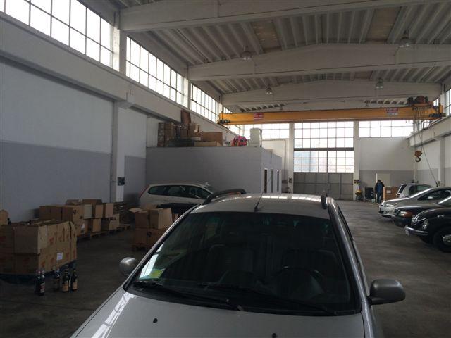 Capannone in Affitto a Cernusco sul Naviglio  rif. 4370