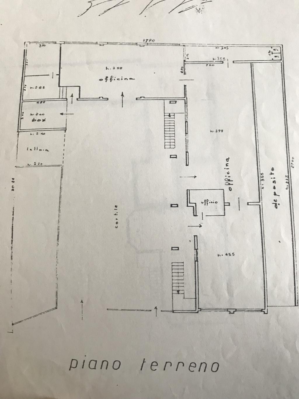 Immobile Commerciale in Affitto a Erba  rif. 6507