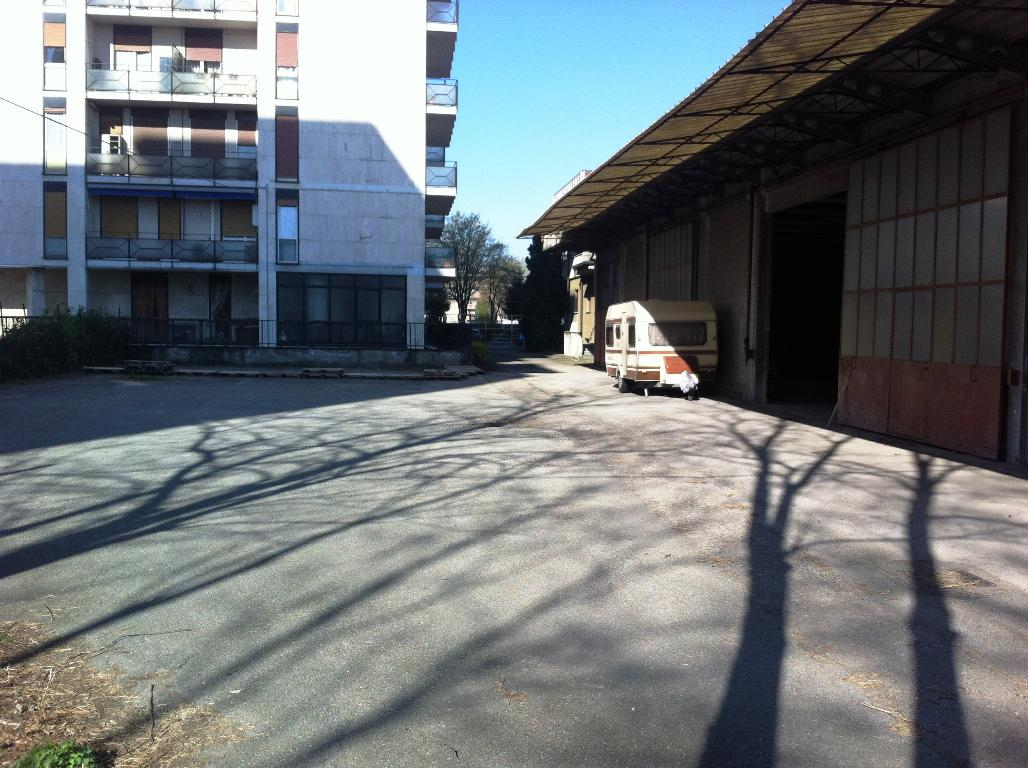 Capannone in Vendita a Muggio'  rif. 6442
