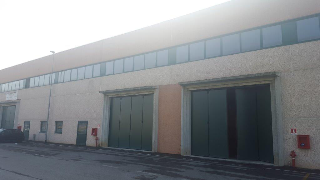Capannone in Vendita a Gessate  rif. 4867