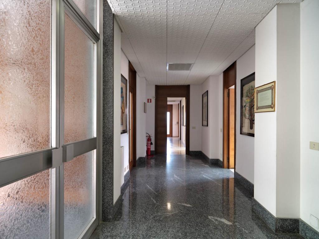 Capannone in Vendita a Corsico  rif. 4064