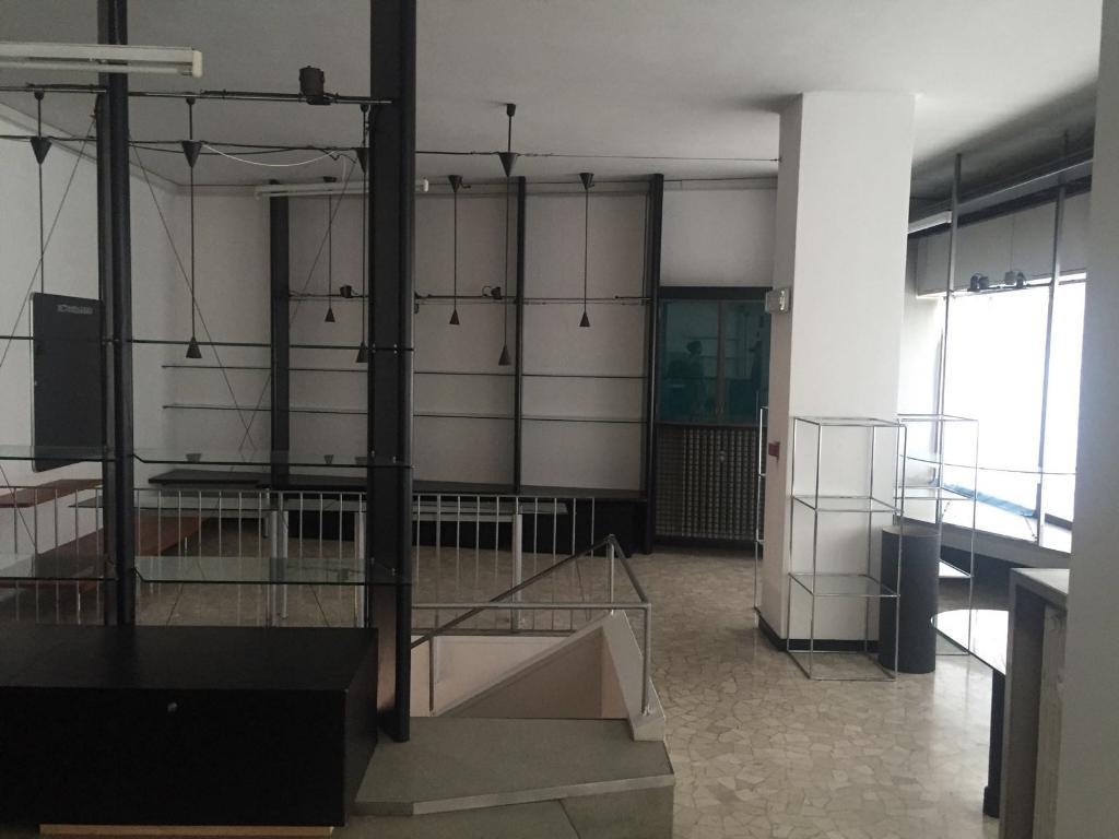 in Affitto a Cantu'  rif. 5490