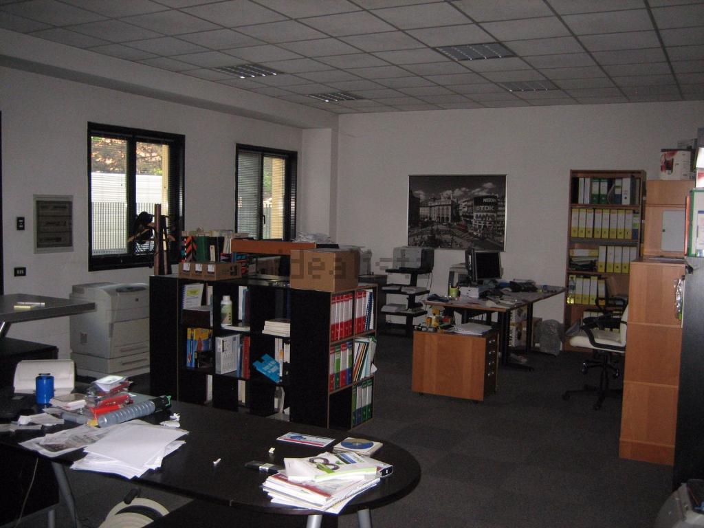 Capannone in Vendita a Peschiera Borromeo  rif. 4715