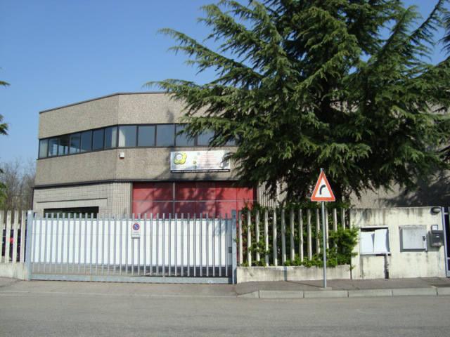 Capannone in Vendita a Solaro  rif. 749