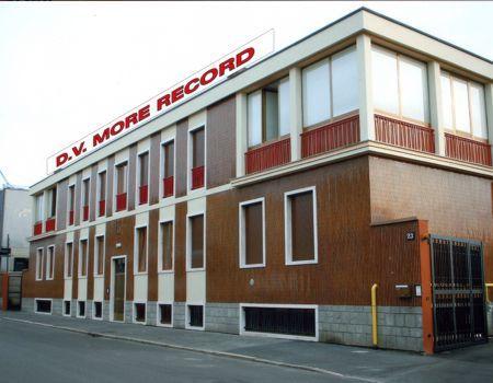 Immobile Commerciale in Vendita a Milano  rif. 5077