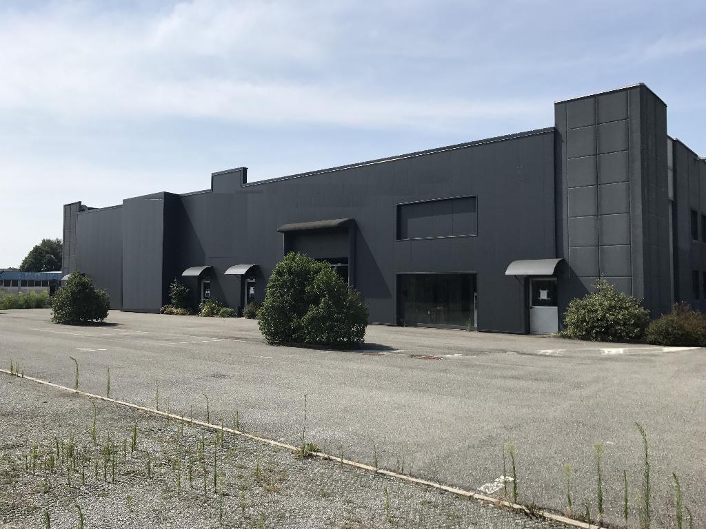 Immobile Commerciale in Affitto a Albese con Cassano  rif. 6342