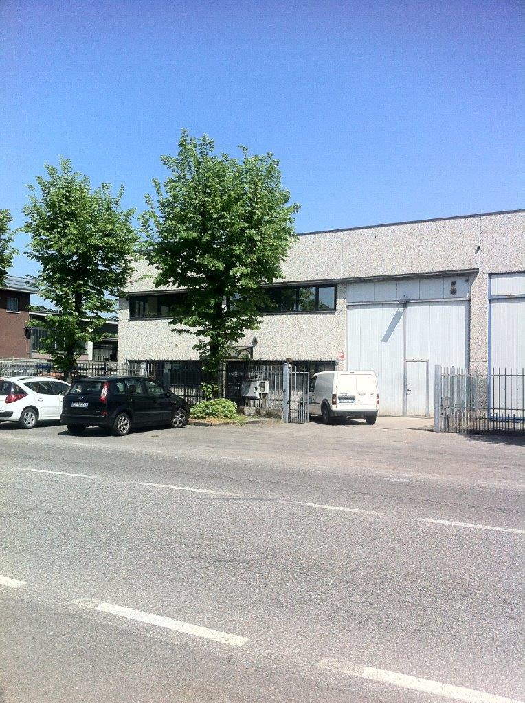 Capannone in Vendita a Rodano  rif. 4568