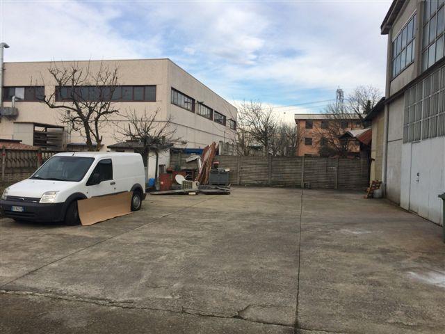 Immobile Commerciale in Affitto a Cernusco sul Naviglio  rif. 4373