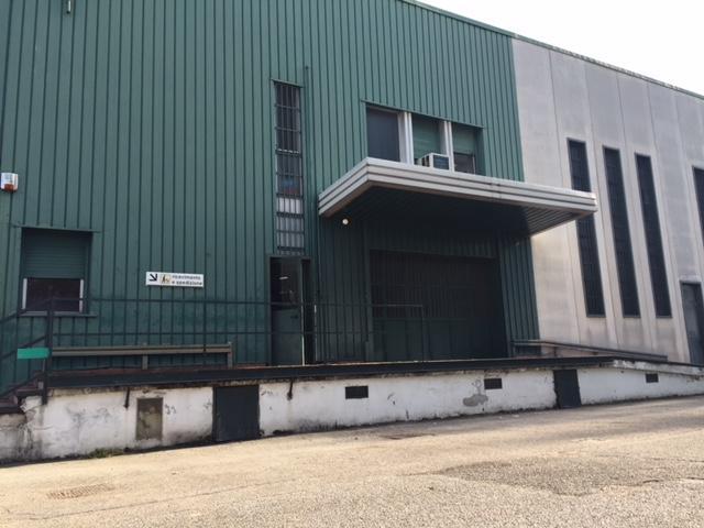 Capannone in affitto a Corsico, 9999 locali, prezzo € 2.300   PortaleAgenzieImmobiliari.it
