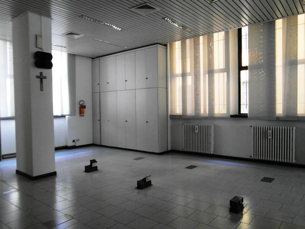 Immobile Commerciale in Affitto a Arluno  rif. 6267