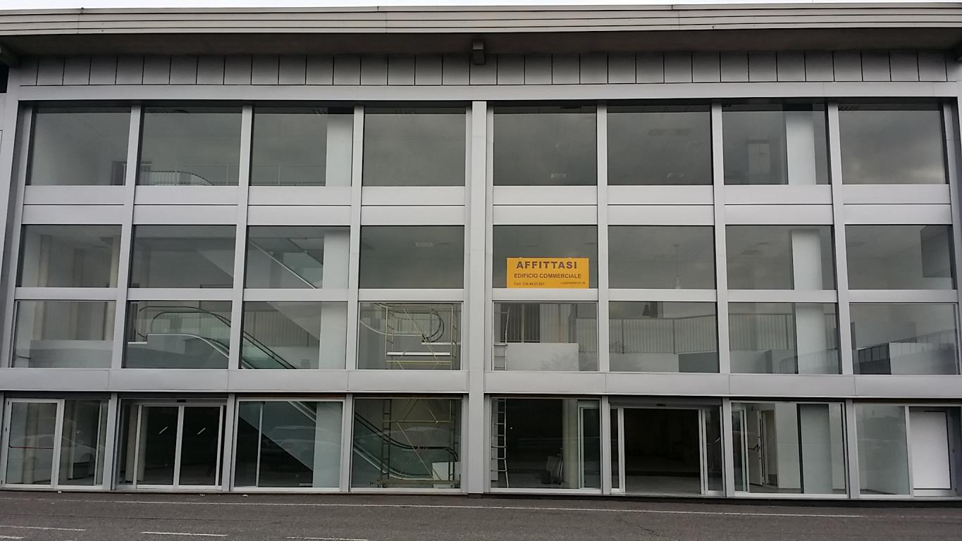Immobile Commerciale in Affitto a Lissone  rif. 938