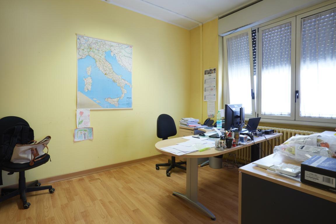 Capannone in Vendita a Rozzano  rif. 6438