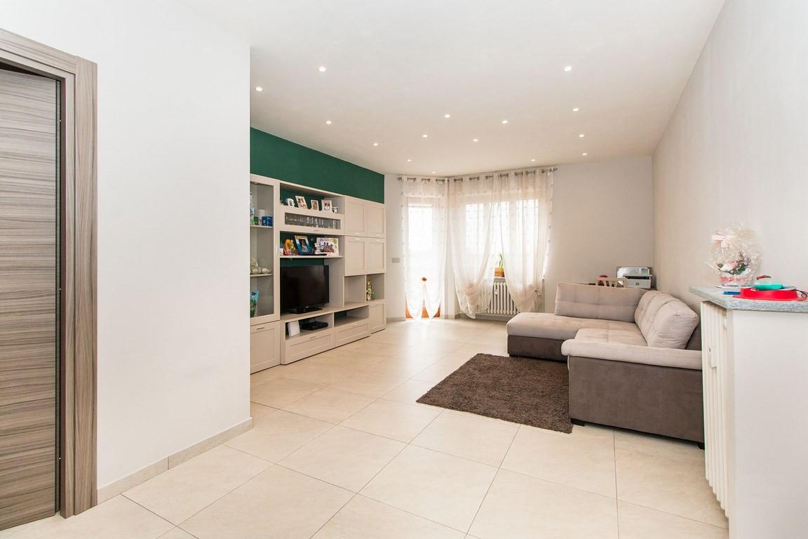 Appartamento in vendita a Villastellone, 4 locali, prezzo € 125.000   PortaleAgenzieImmobiliari.it