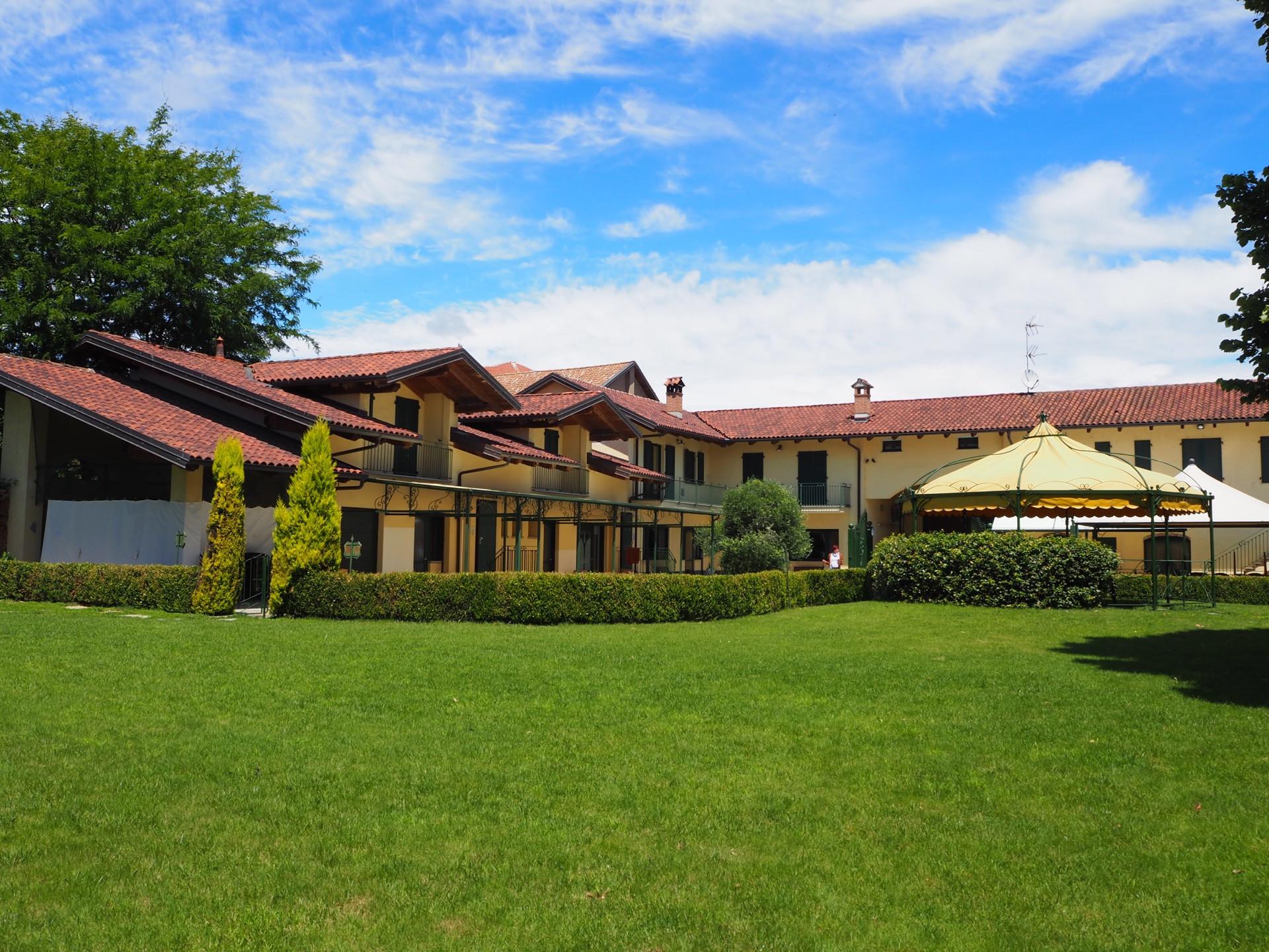 Palazzo / Stabile in vendita a Bianzè, 9999 locali, prezzo € 610.000   PortaleAgenzieImmobiliari.it
