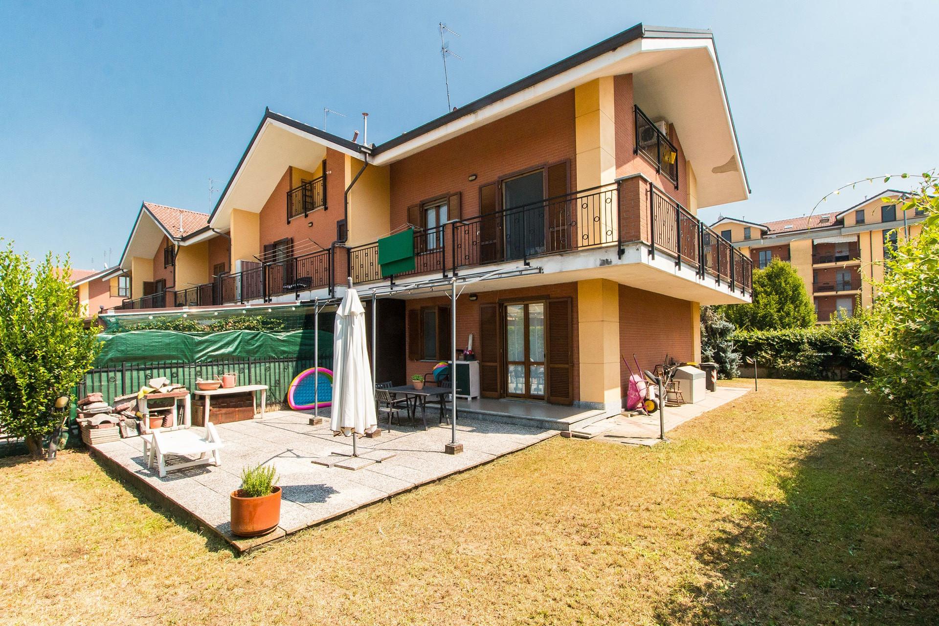 Villa in vendita a Borgaro Torinese, 6 locali, prezzo € 390.000 | PortaleAgenzieImmobiliari.it