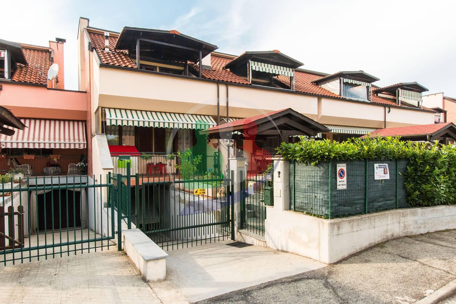 Villa a Schiera in vendita a Villastellone, 8 locali, prezzo € 240.000   PortaleAgenzieImmobiliari.it