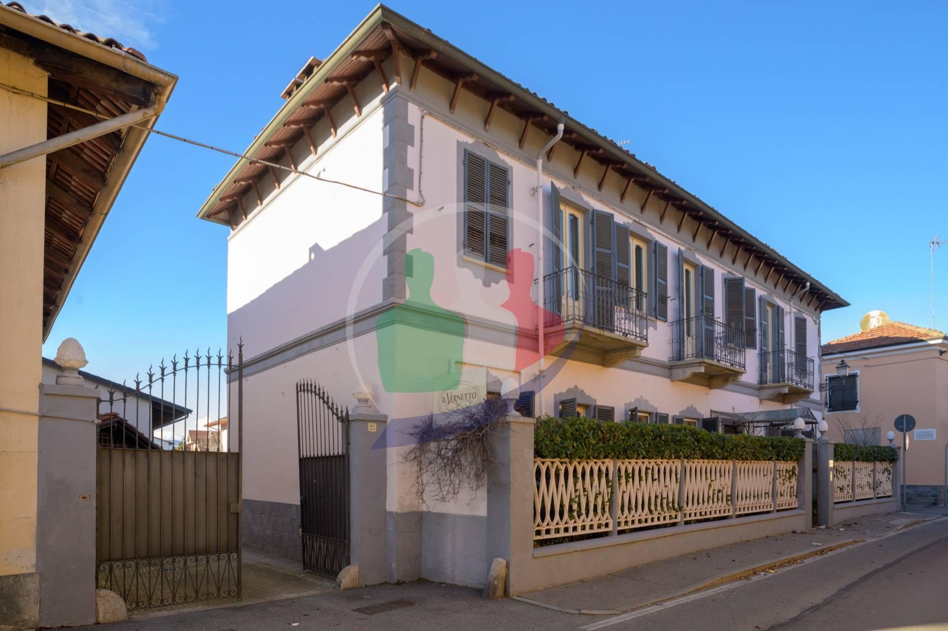 Soluzione Indipendente in vendita a Orbassano, 10 locali, prezzo € 439.000 | PortaleAgenzieImmobiliari.it
