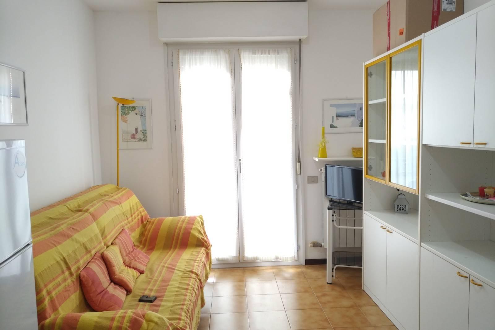 Appartamento in affitto a Ceriale, 3 locali, prezzo € 550 | PortaleAgenzieImmobiliari.it