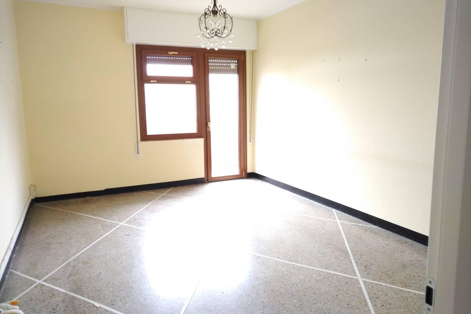 Appartamento in affitto a Pietra Ligure, 3 locali, prezzo € 650   PortaleAgenzieImmobiliari.it