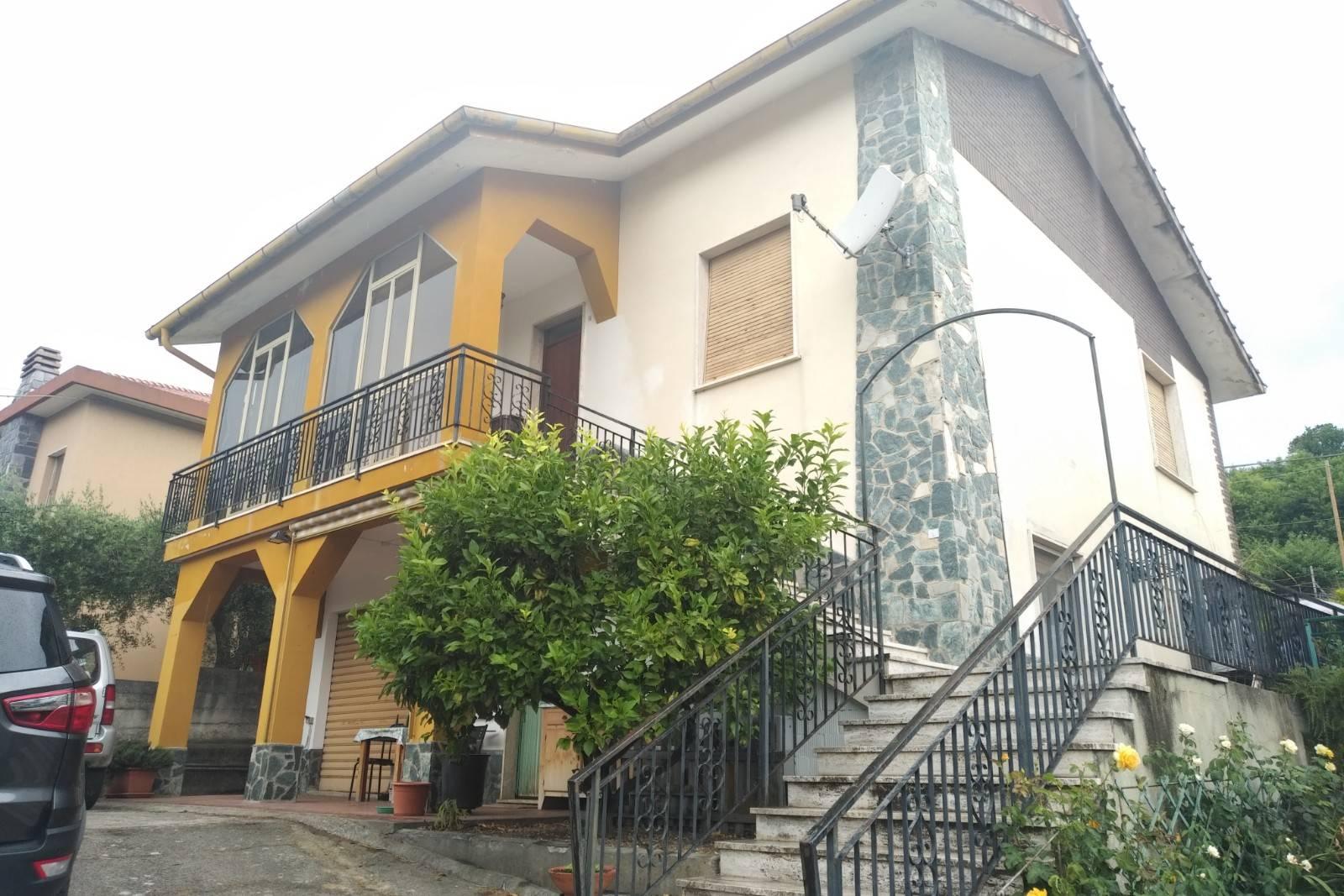Villa in affitto a Giustenice, 4 locali, zona Località: SanLorenzo, prezzo € 700 | PortaleAgenzieImmobiliari.it