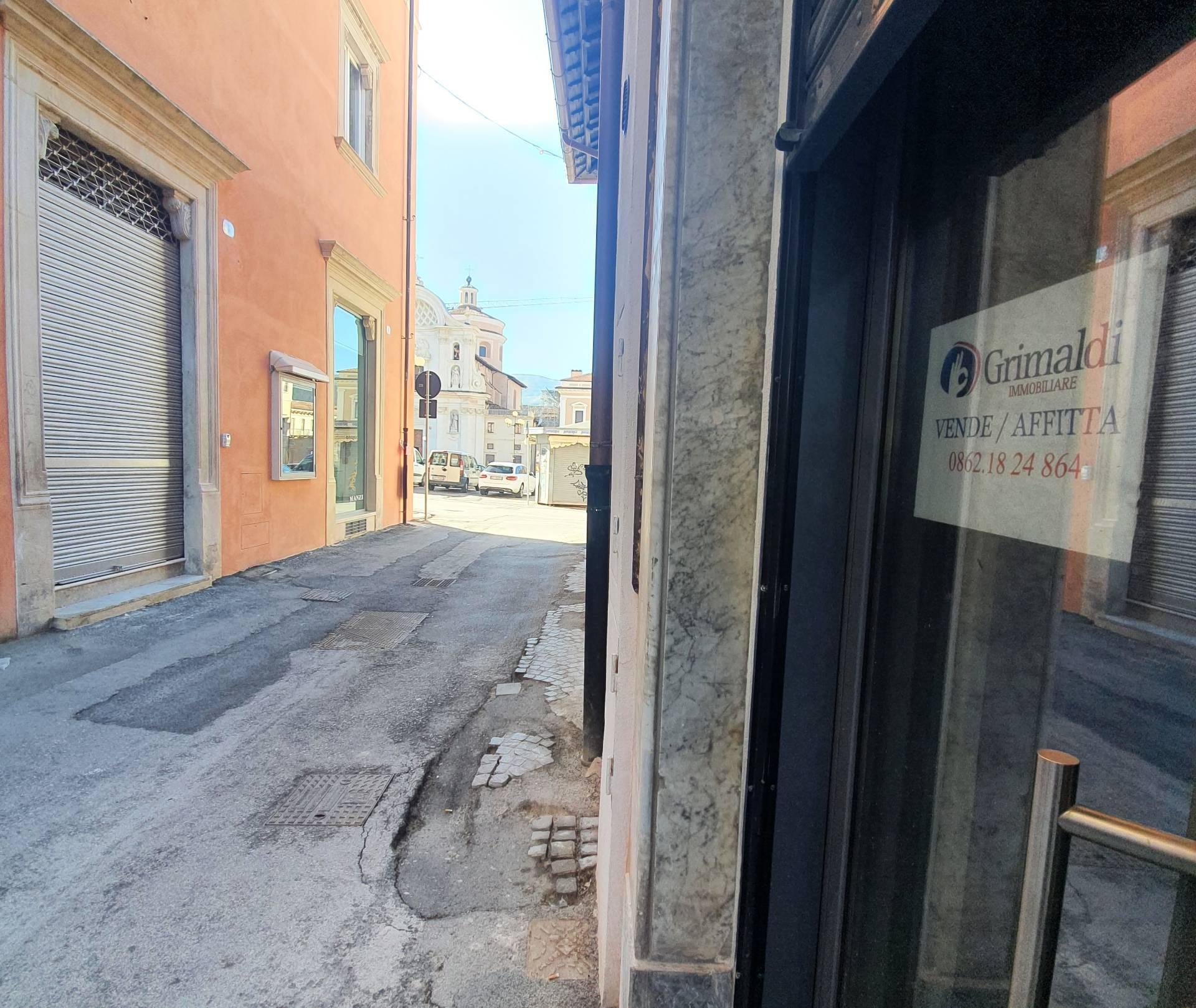 Negozio / Locale in vendita a L'Aquila, 9999 locali, zona Località: Centrostorico, prezzo € 120.000 | CambioCasa.it