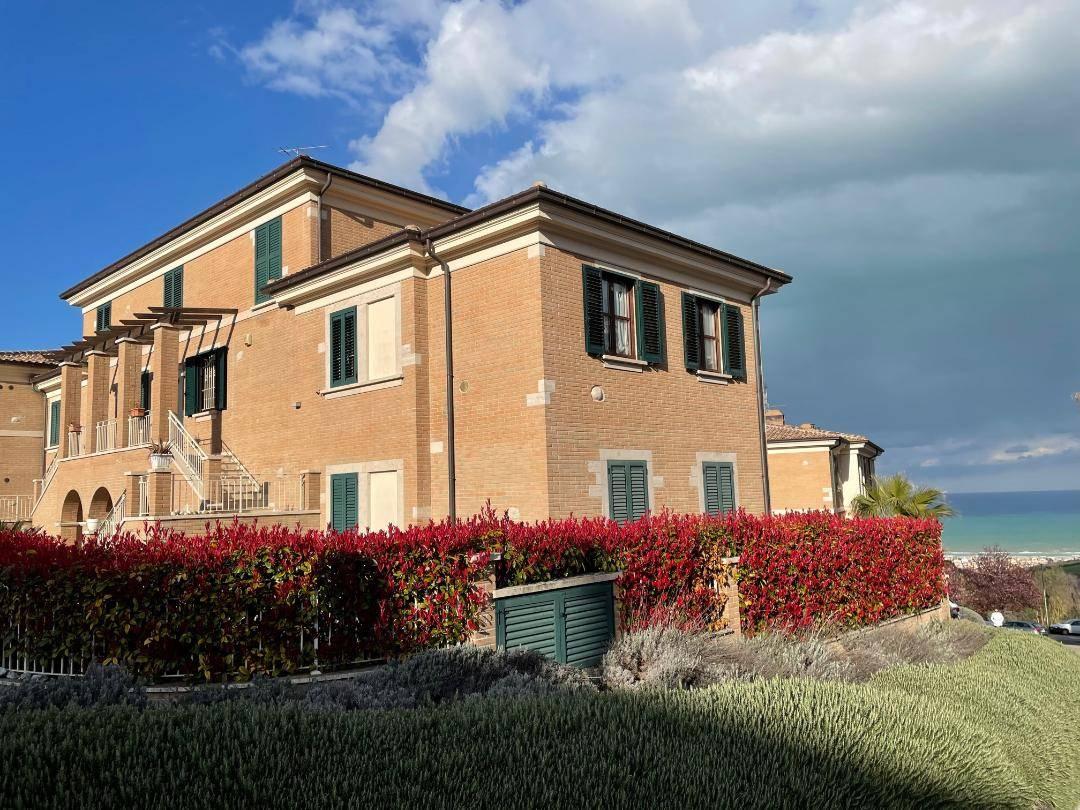 Appartamento in vendita a Tortoreto, 4 locali, zona Località: TortoretoAlta, prezzo € 190.000 | PortaleAgenzieImmobiliari.it