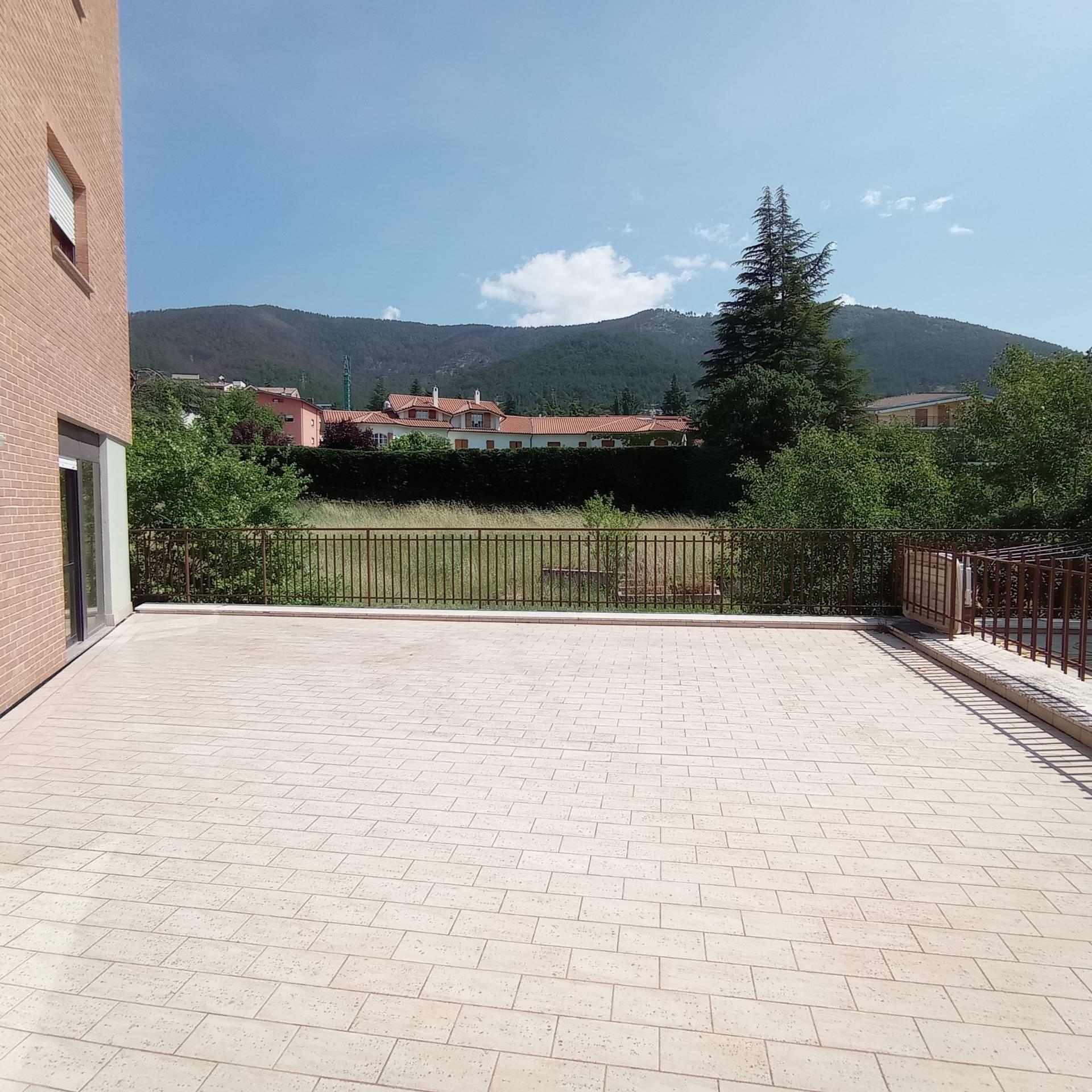 Appartamento in vendita a L'Aquila, 4 locali, zona ino, prezzo € 155.000 | PortaleAgenzieImmobiliari.it