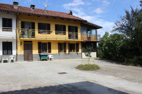 Porzione di casa in Vendita a Ferrere