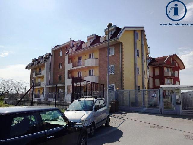 Appartamento in vendita a San Prisco, 3 locali, prezzo € 108.000 | PortaleAgenzieImmobiliari.it