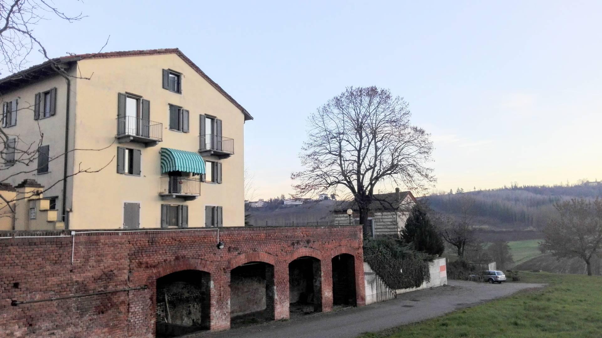 Appartamento in vendita a Rosignano Monferrato, 4 locali, prezzo € 80.000 | CambioCasa.it