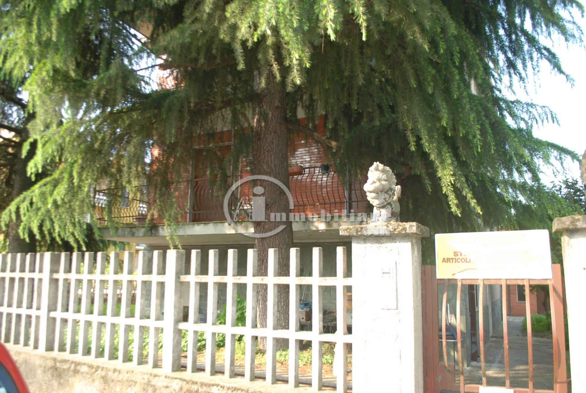 Gaggiano | Villa in Vendita in Via Pitagora | lacasadimilano.it