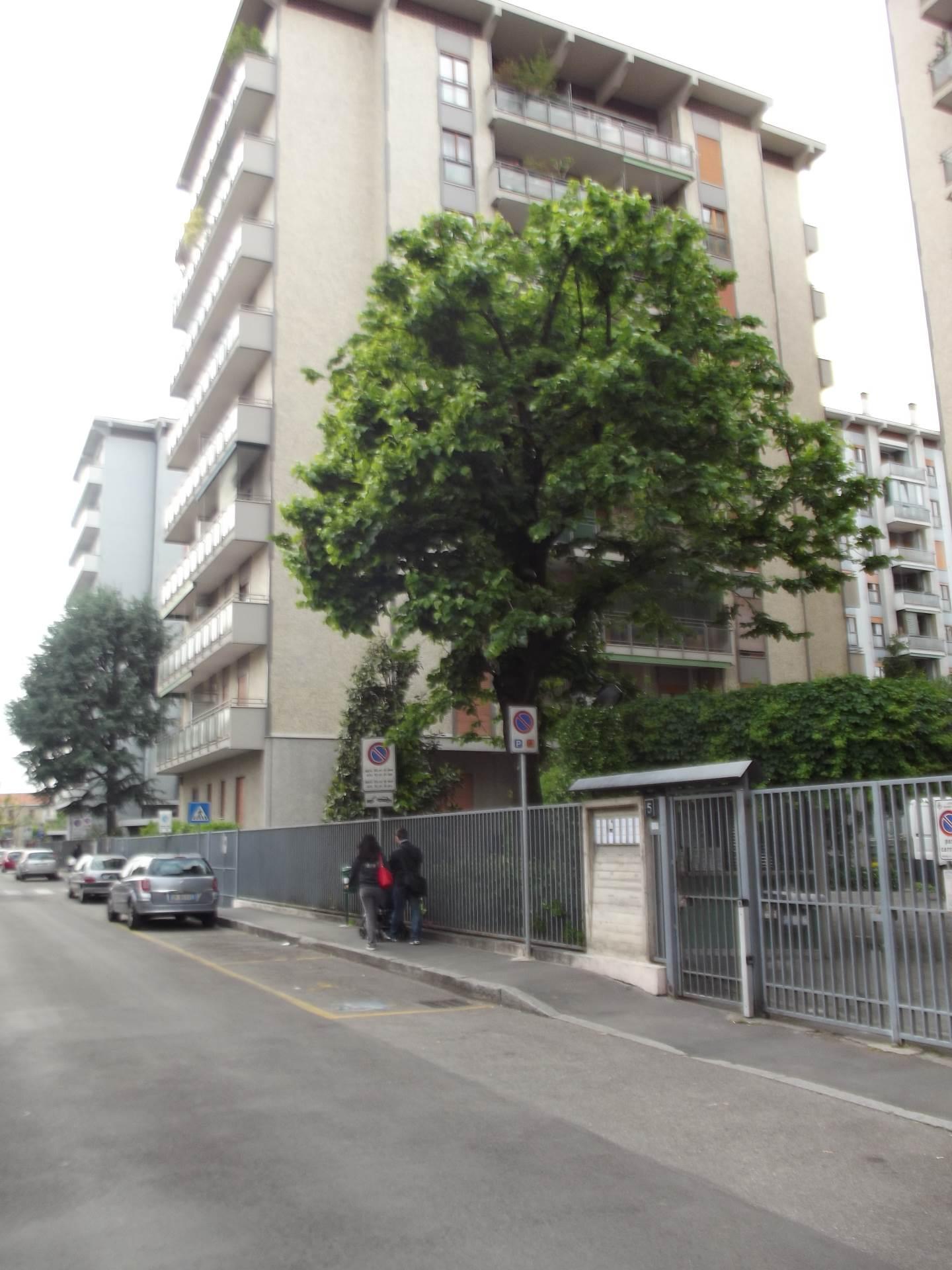 Cologno Monzese   Appartamento in Vendita in Via Merano   lacasadimilano.it