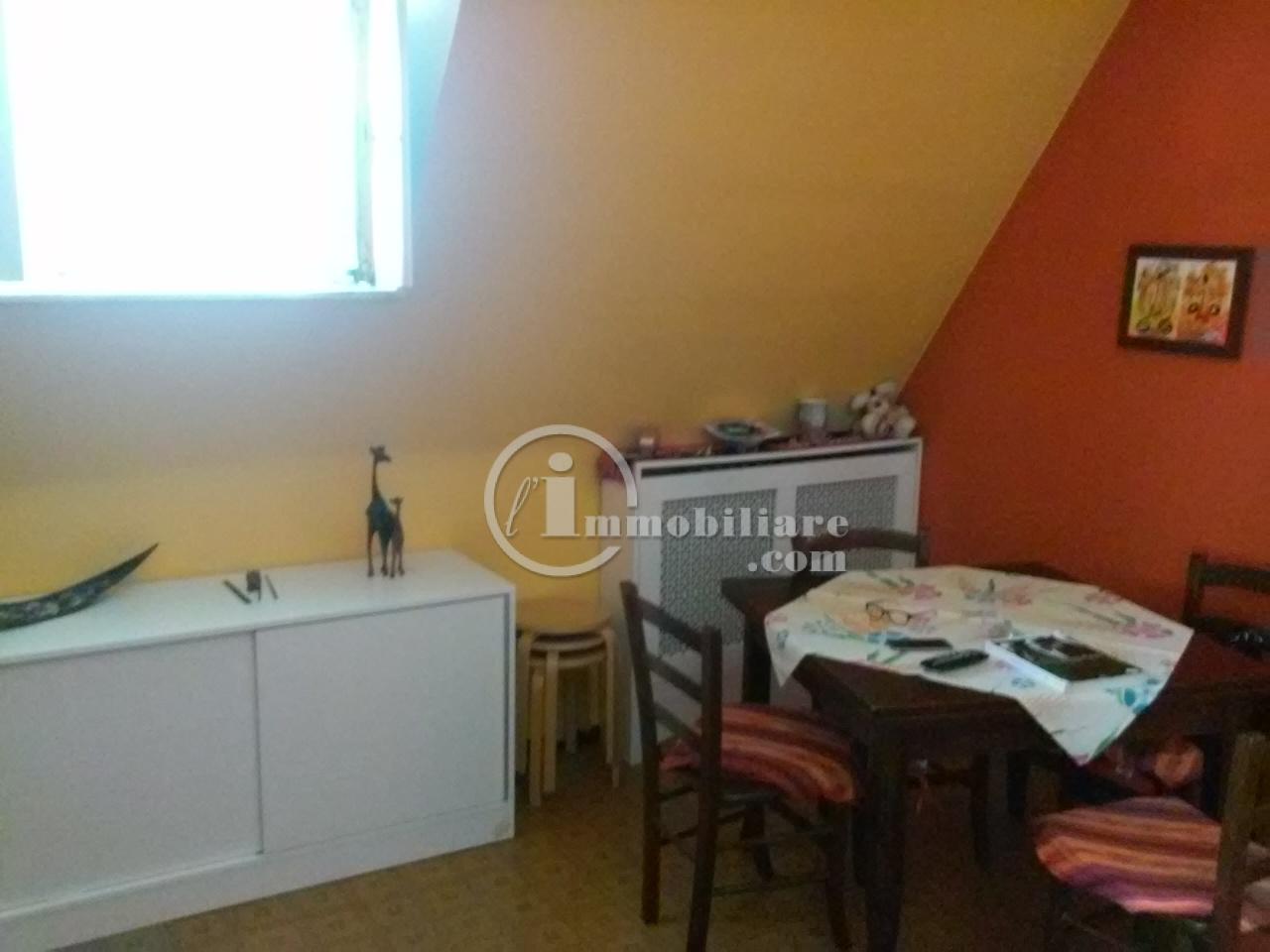 Pero | Appartamento in Affitto in via xxv Aprile | lacasadimilano.it
