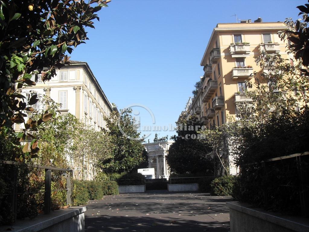 Milano | Appartamento in Affitto in Piazza Sempione | lacasadimilano.it