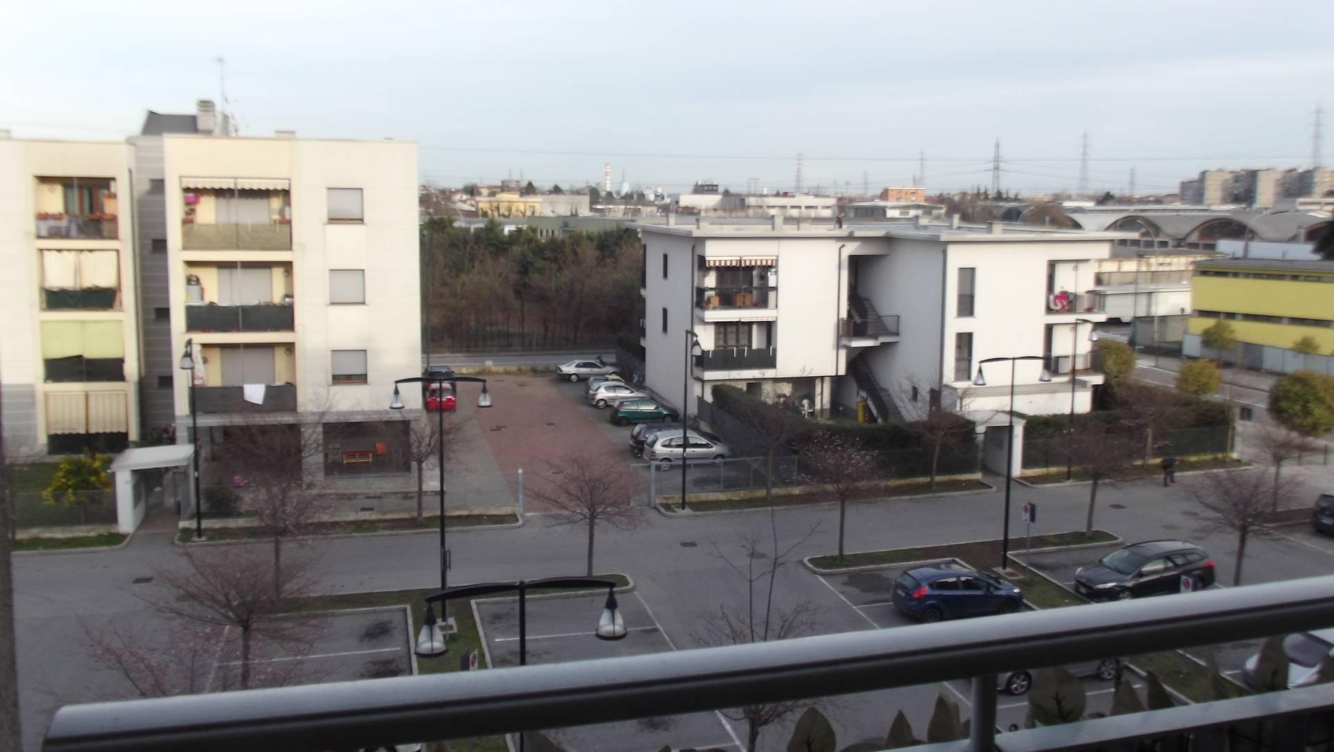 Cologno Monzese | Appartamento in Vendita in Via Giordano | lacasadimilano.it