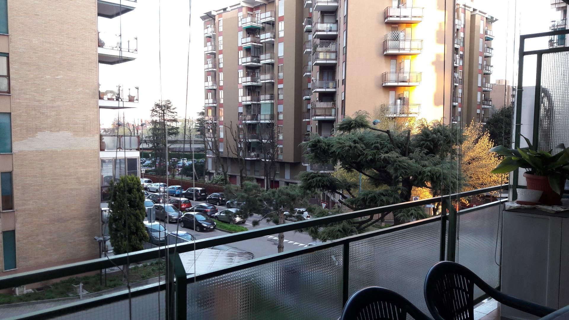 vendita appartamento cologno monzese   190000 euro  3 locali  90 mq