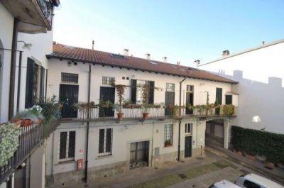 affitto appartamento milano *navigli - t25  1350 euro  3 locali  85 mq