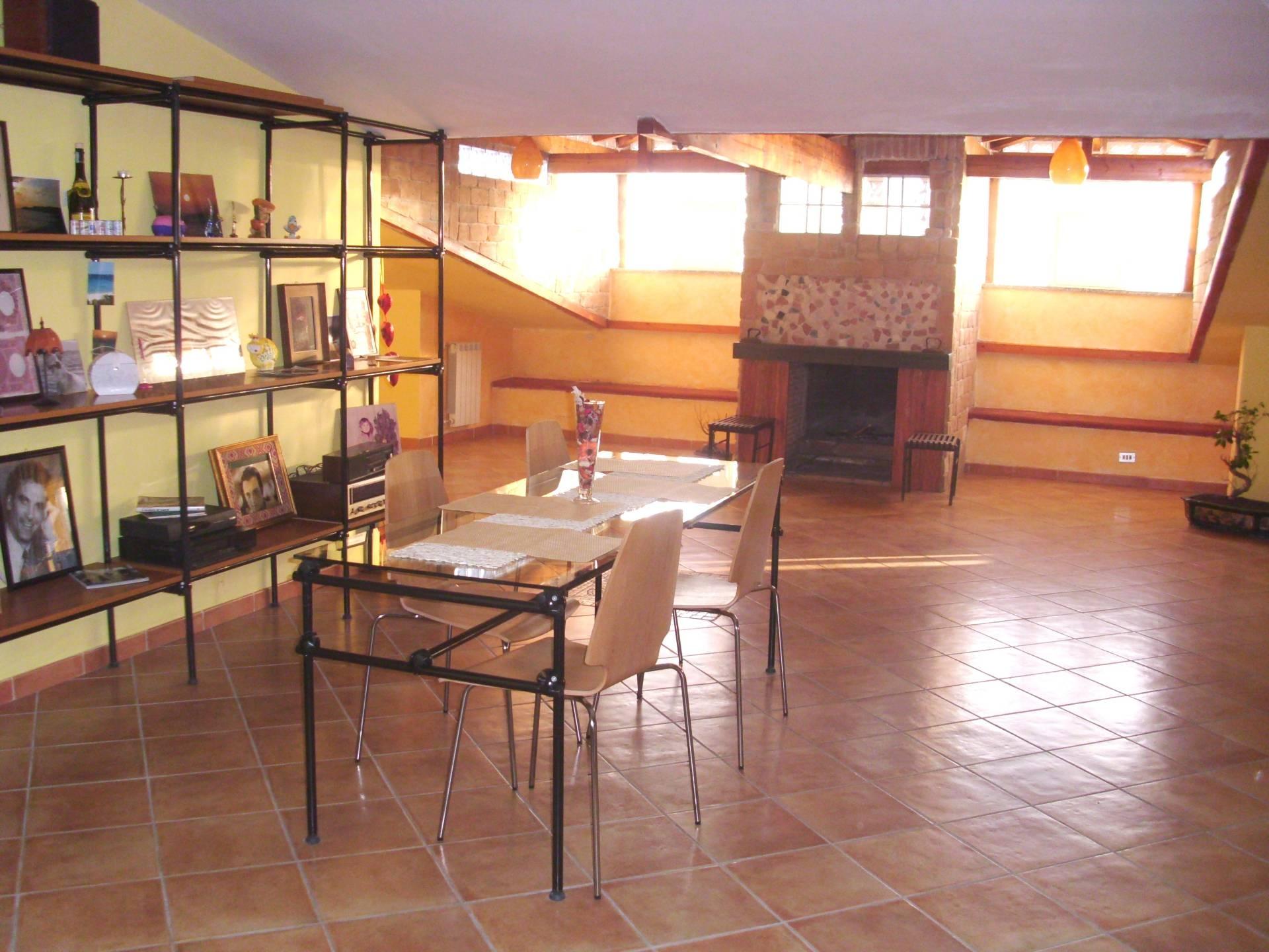 Appartamento in vendita a Mugnano di Napoli, 3 locali, prezzo € 130.000 | CambioCasa.it