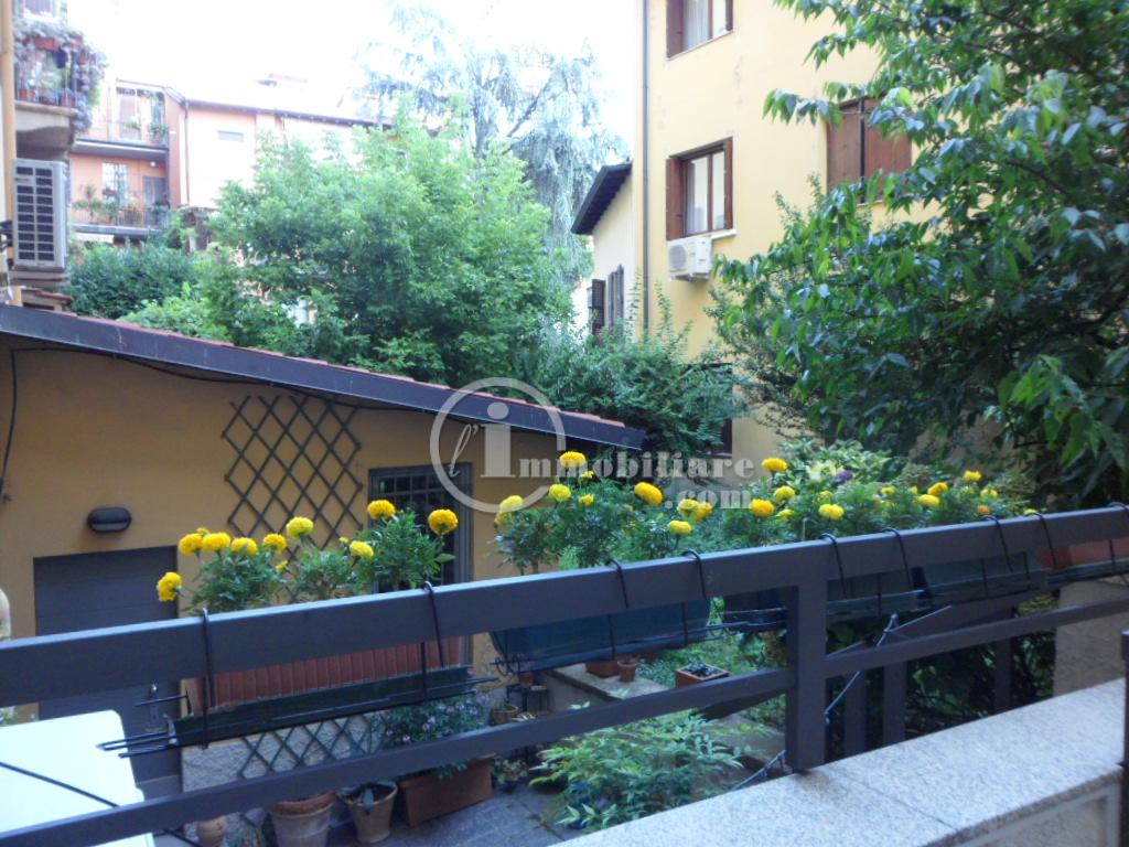 vendita appartamento milano solari  750000 euro  6 locali  210 mq