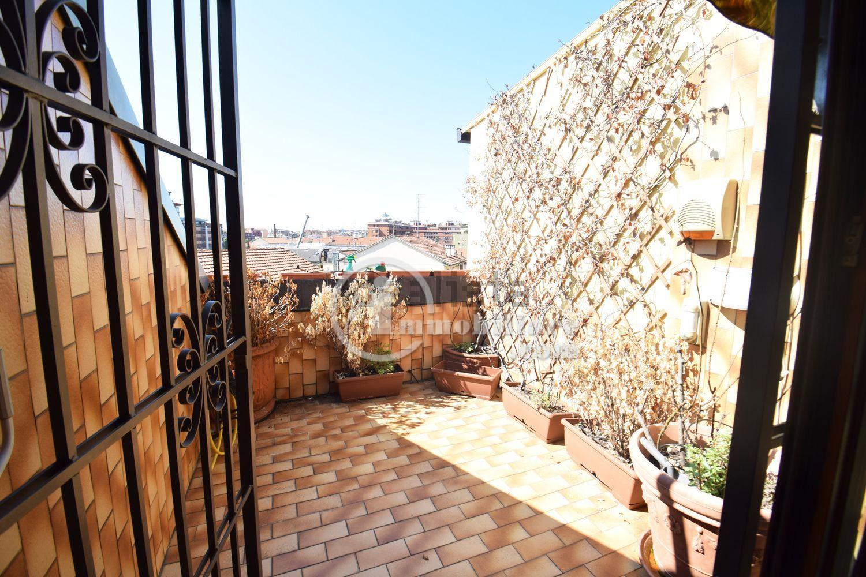 affitto appartamento milano washinghton  1650 euro  3 locali  105 mq