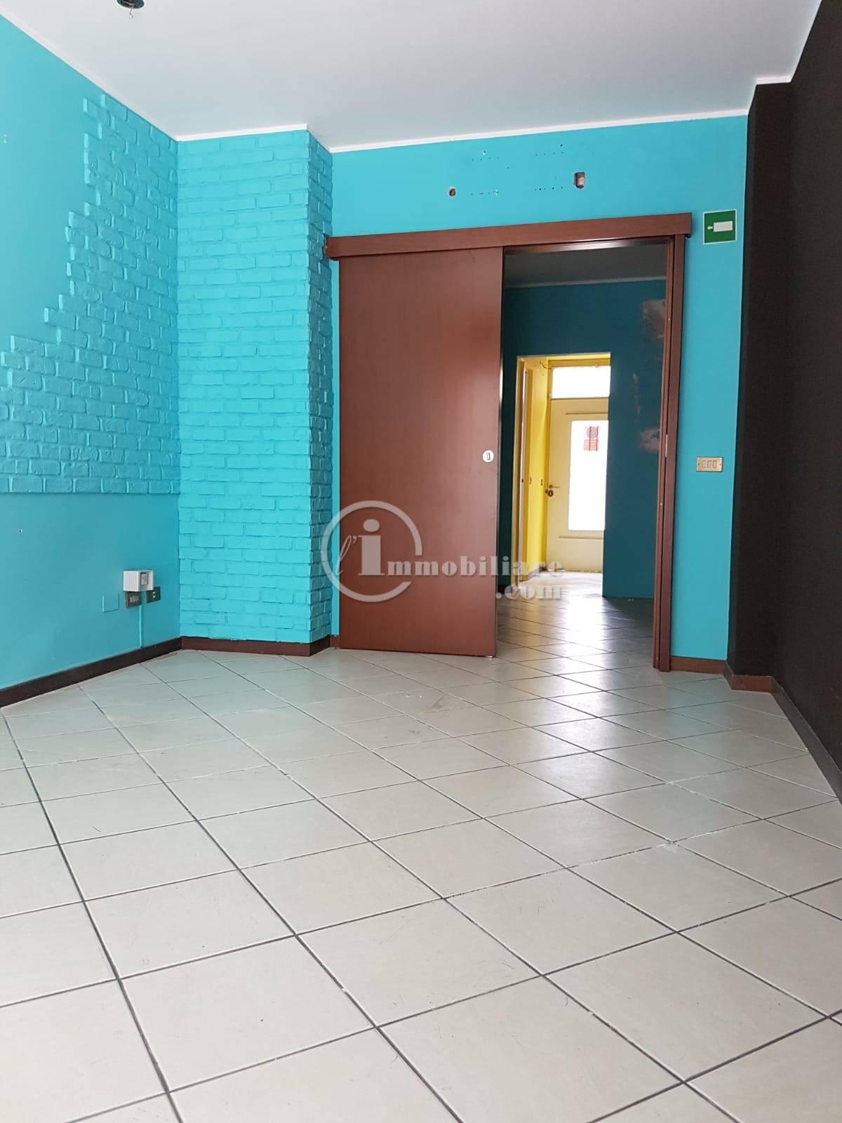 Agenzie Immobiliari Corsico 135-neg03 - negozio in affitto/vendita a corsico - l