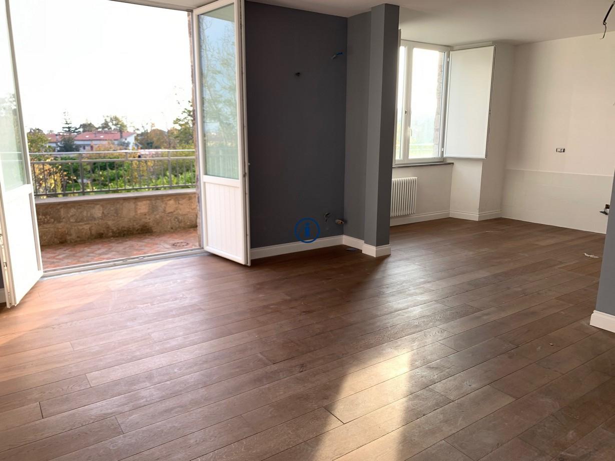 Appartamento in vendita a Caserta, 4 locali, zona Località: SanLeucio, prezzo € 365.000 | PortaleAgenzieImmobiliari.it