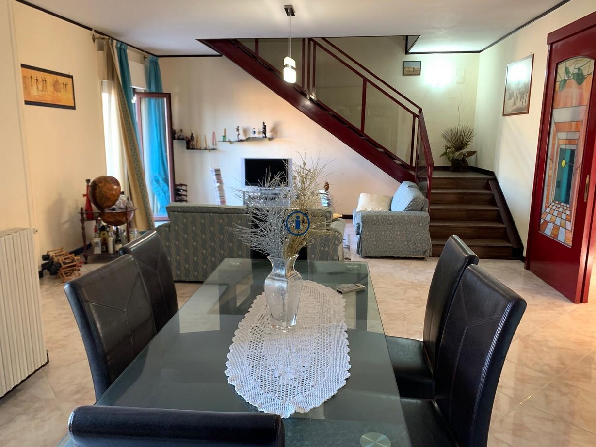 Appartamento in vendita a Santa Maria Capua Vetere, 5 locali, prezzo € 119.000 | PortaleAgenzieImmobiliari.it