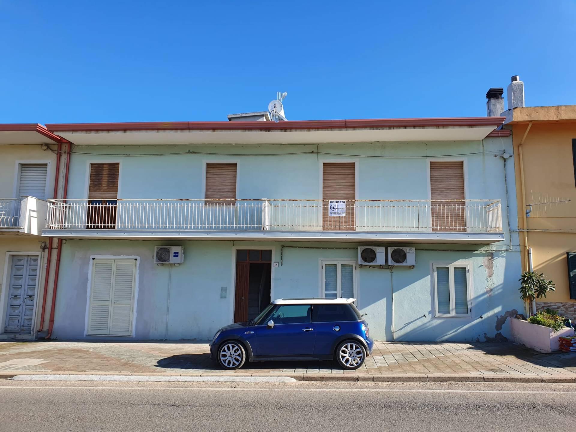 Appartamento in vendita a Tortolì, 4 locali, prezzo € 95.000 | PortaleAgenzieImmobiliari.it