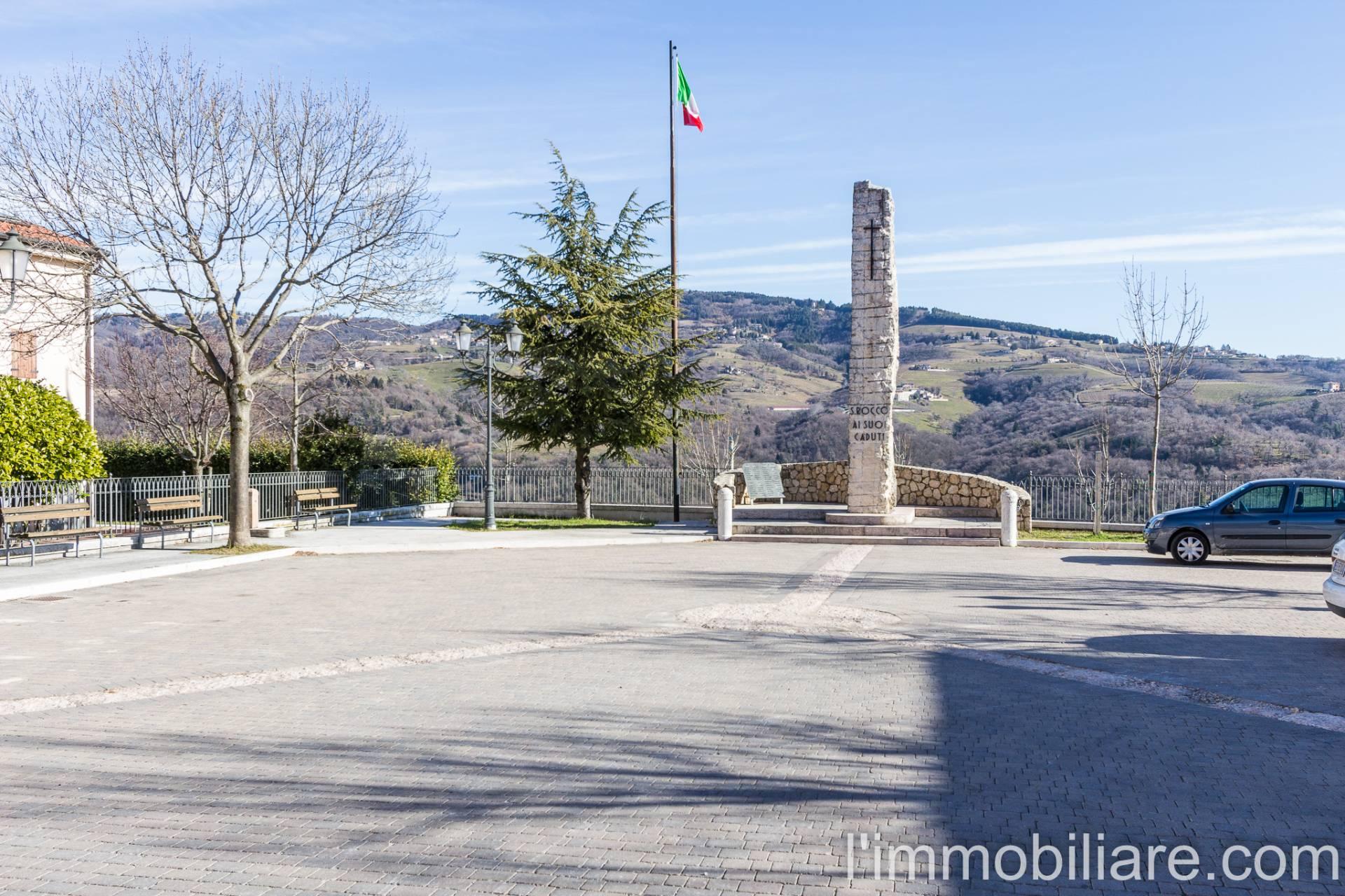 Vendesi a Roverè Veronese Villa a Schiera