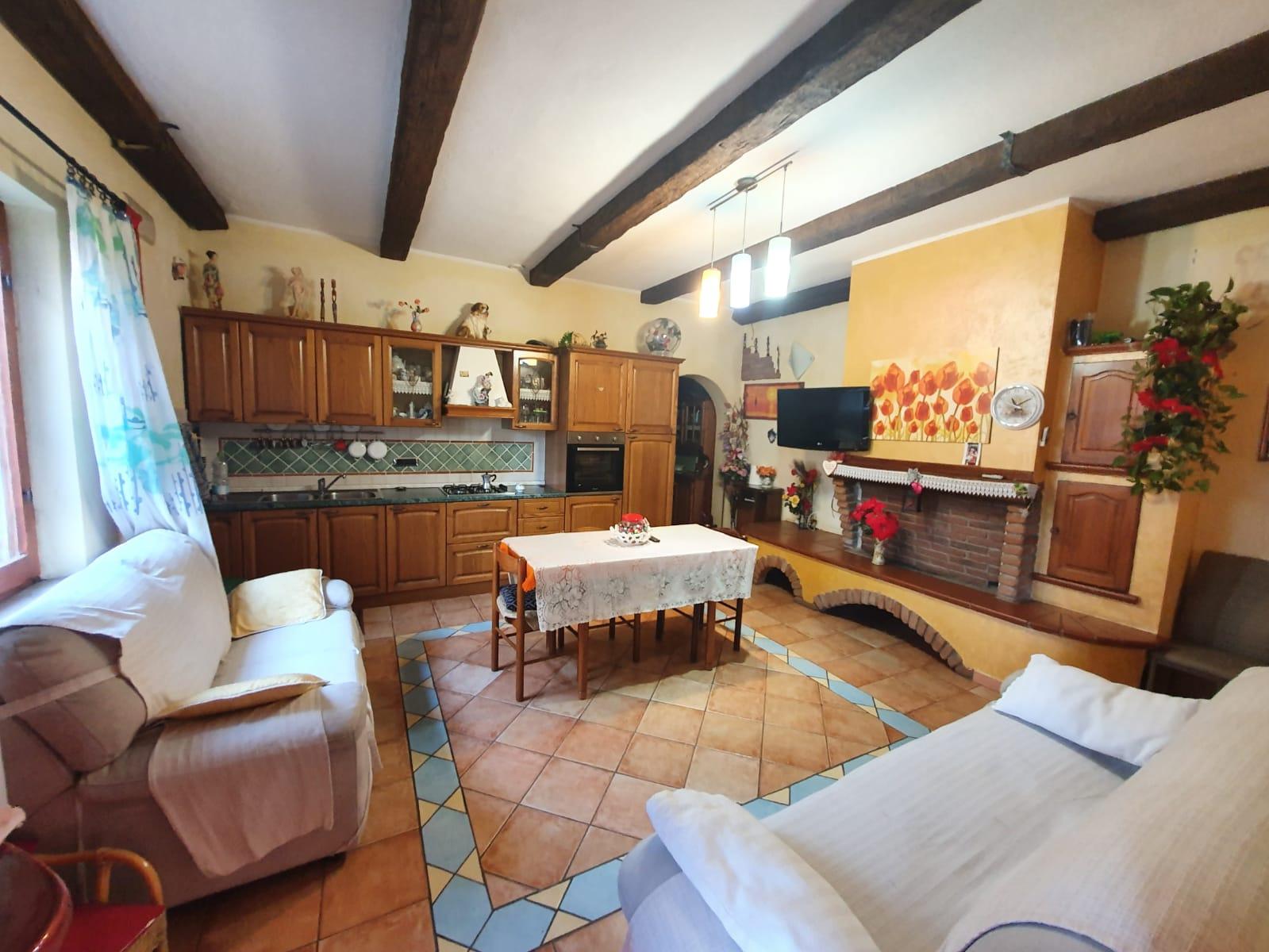 Soluzione Indipendente in vendita a Tortolì, 4 locali, prezzo € 130.000 | PortaleAgenzieImmobiliari.it